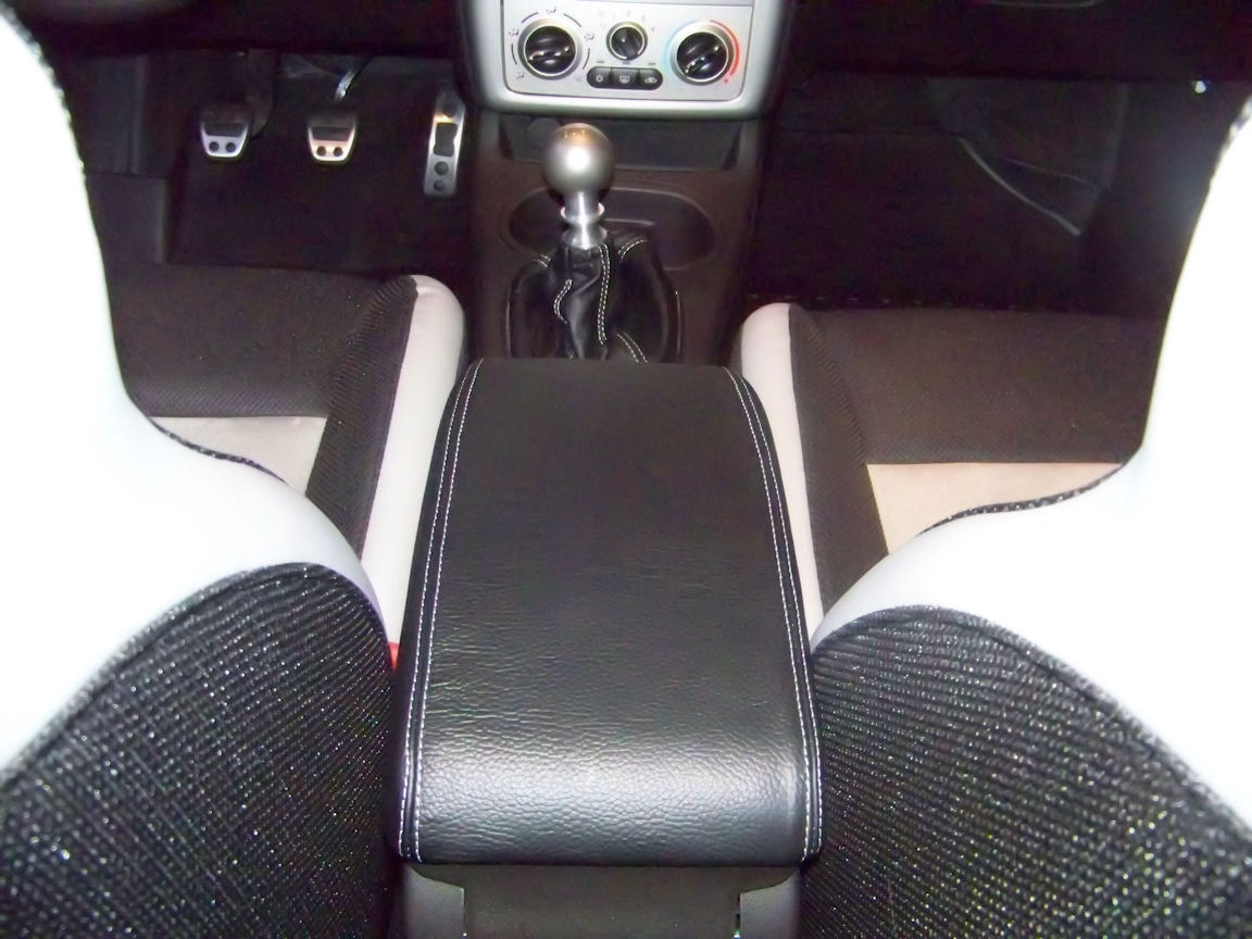 I have them in my 09 SS sedan, just don't have any direct pics of them  installed. You can just see the fronts of the mats in this pic.